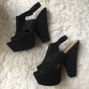 AS IS Steven Madden Platform Chunky Heels In Black